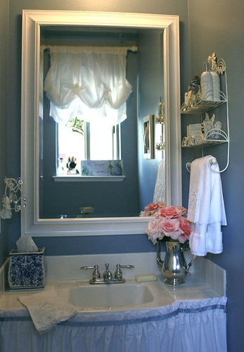 Quick Bathroom Makeover