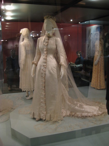 Nineteenth century wedding dresses for 19th century wedding dresses