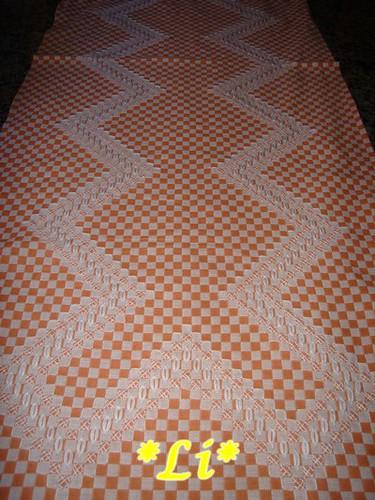 Caminho de mesa(bordado xadrez)