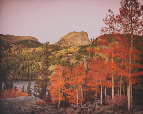 rmnp ptphoto colorado fall bearlake atsunrise redyelloworangeaspens
