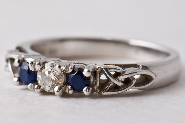 Engagemwnt Ring Too Big But Cant Be Resized
