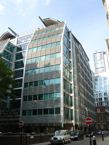 Lloyds TSB Building - Can Pac Swire