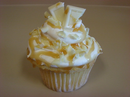 White chocolate caramel cupcake