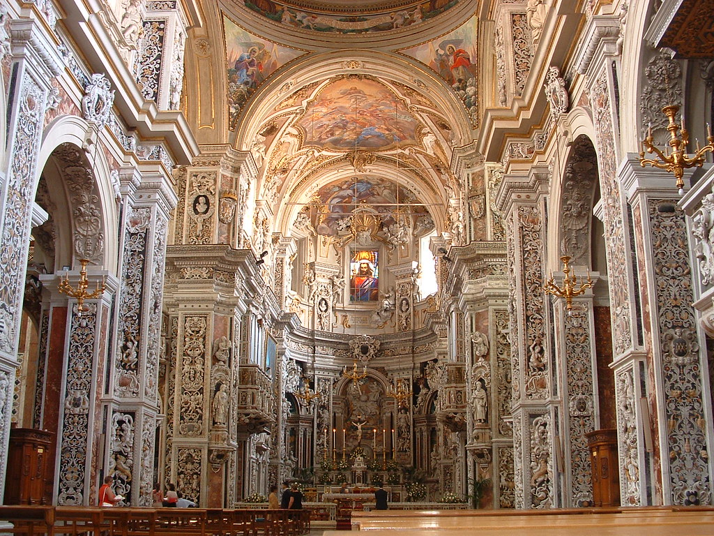 Interiors artworks the ssc guide inside the italian for Baroque style church