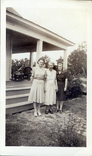 Zelma, aunt Lula and ?