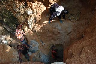 Mining in Kailo, Julien Harneis