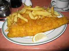 fried prawn(0.0), fish(0.0), mozzarella sticks(0.0), rissole(0.0), meal(1.0), breakfast(1.0), frying(1.0), fish and chips(1.0), fried food(1.0), seafood(1.0), schnitzel(1.0), food(1.0), dish(1.0), cuisine(1.0), fast food(1.0),