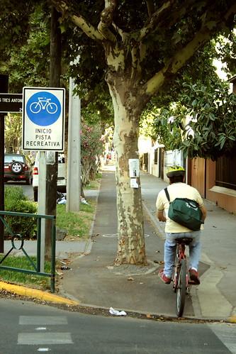Ciclista en Ñuñoa