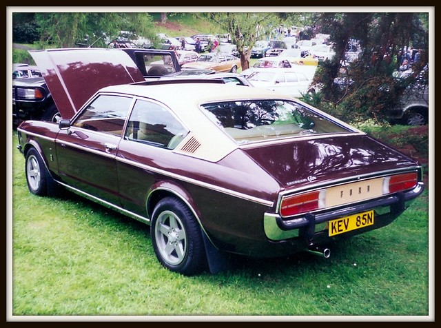 1975 ford granada ghia coupe flickr photo sharing. Black Bedroom Furniture Sets. Home Design Ideas