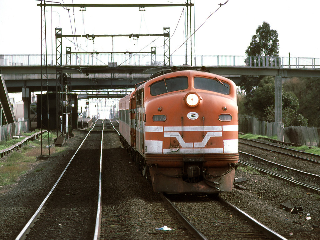 B74 at Middle Footscray by michaelgreenhill