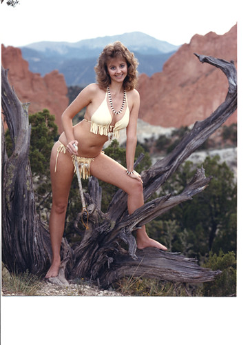 Garden Of The Gods Colorado Springs Co >> 275-17C 'Cave Girl of the Month!' | Will the wild animals ...