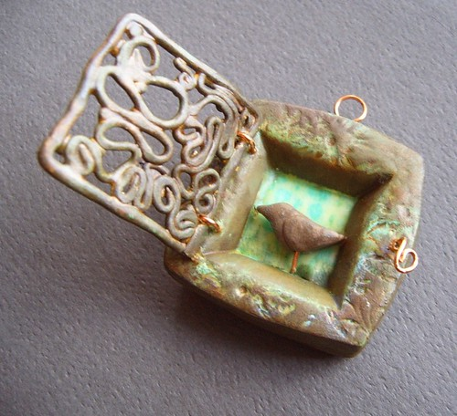 Shrine-Ivy pendant/ornament