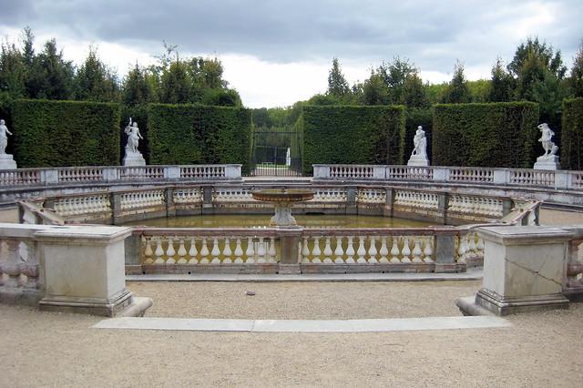 Versailles jardins du ch teau de versailles le bosquet for Jardin de versailles