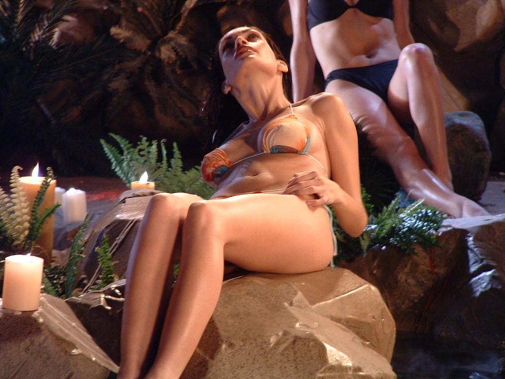 Lesbian Bikini Videos