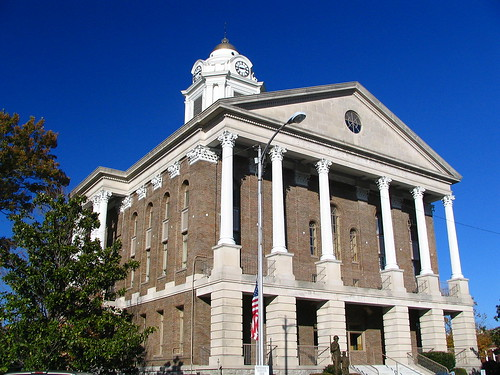 Bedford Co. Courthouse #2 daytime