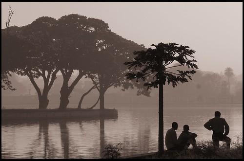 shadow blackandwhite bw lake shadows bangalore karnataka silhoutte pappaya ulsoor s3is canons3is