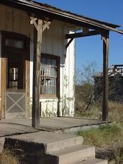 Ruined shack in Orla, TX