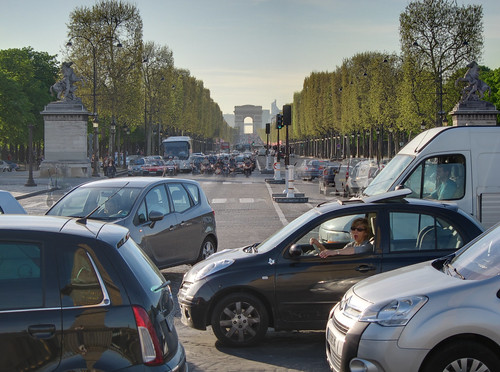 Place de la Concorde and Champs-Elysees traffic