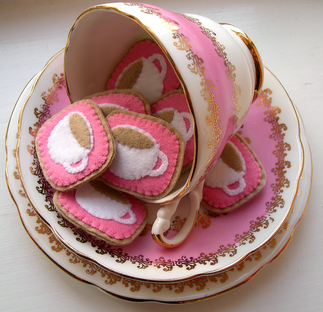 Crafting 365, day 173 - pink teacups