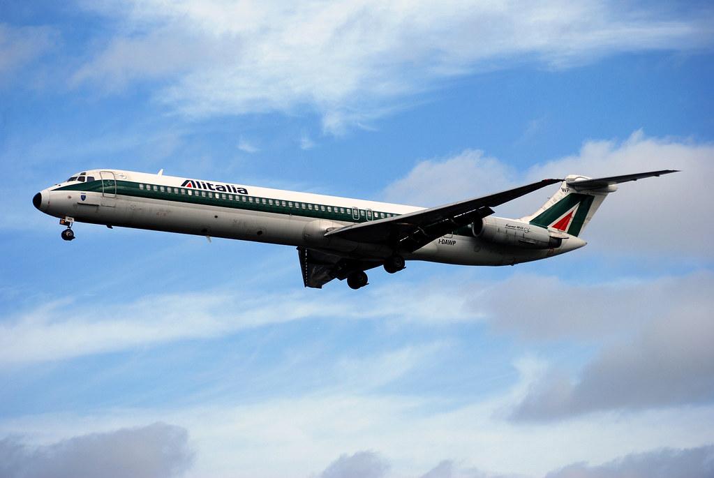 Alitalia MD80