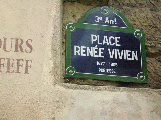 Paris Murs peints Place Renée Vivien