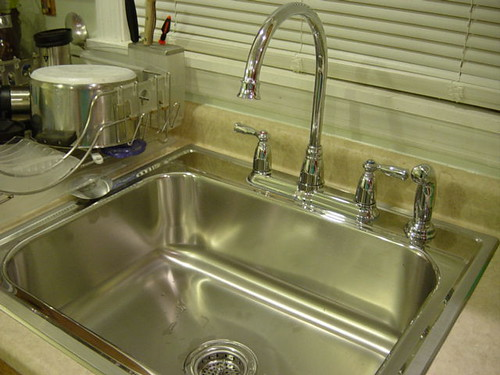 cleaning a stainless steel sink cleaning a stainless best way to clean a microwave oven. Black Bedroom Furniture Sets. Home Design Ideas