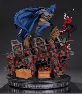 DC Collectibles【蝙蝠俠大戰小丑女】Batman vs. Harley Quinn Battle Statue 1/6 比例全身雕像作品