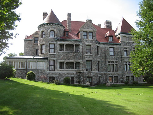 tippecanoe place restaurant south bend indiana studebaker mansion family stone house historic building 1889 luxury