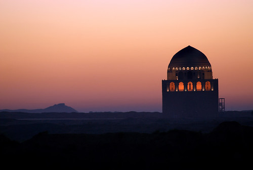 architecture nikon mausoleum d200 turkmenistan seljuk earlymorninglight morningsunrise ommphoto ancientmervproject sultankala sultansanjars