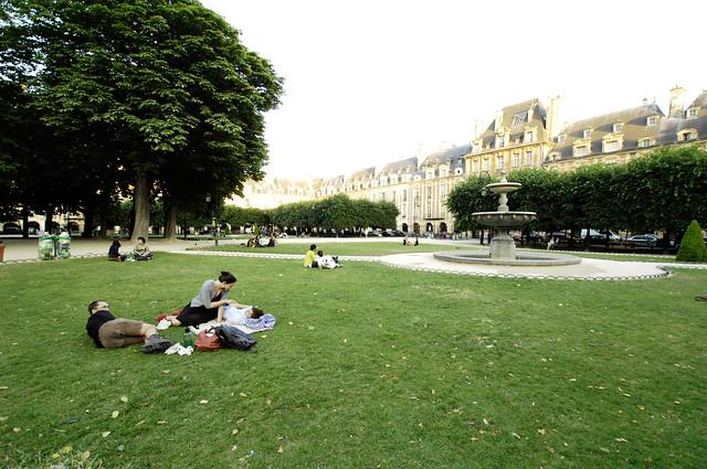 picnic, place des vosges