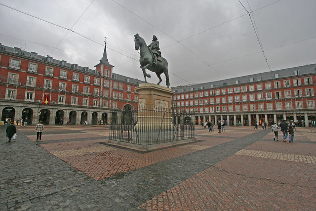 Plaza Mayor, Madrid - Flickr CC exfordy