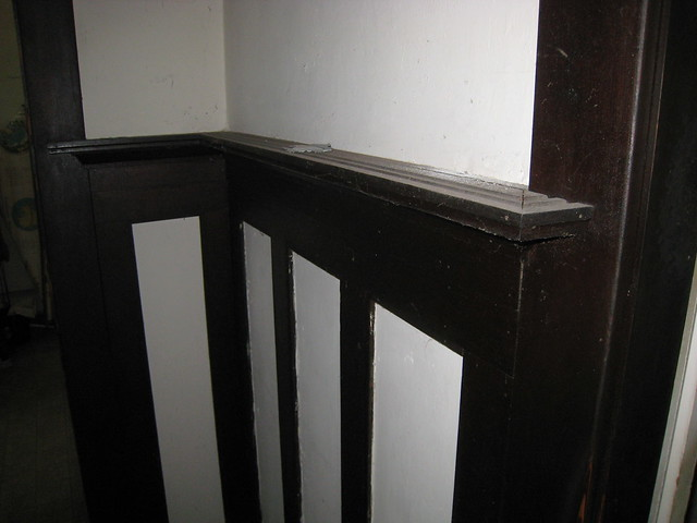 1918 craftsman bungalow plate rail and wainscoting in for Craftsman picture rail