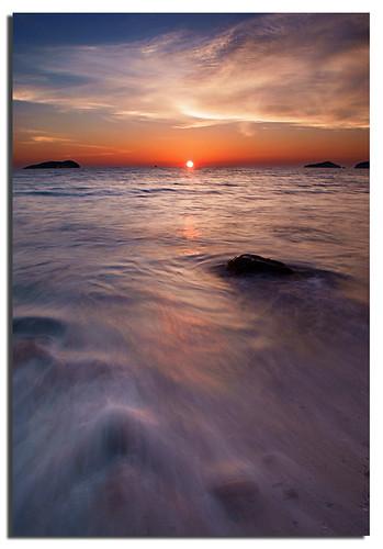 ocean longexposure sunset waves kotakinabalu bec sabah malaysianphotographer anawesomeshot noracarol sonyalpha200 vosplusbellesphotos sabahanphotographer flowofthenatures landscapephotographerfromsabah womanlandscapephotographer womaninphotography