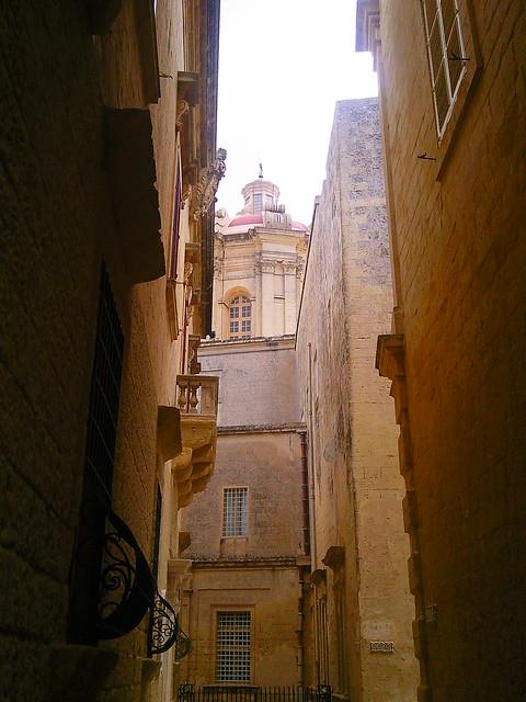 Alleyways in Mdina, Malta