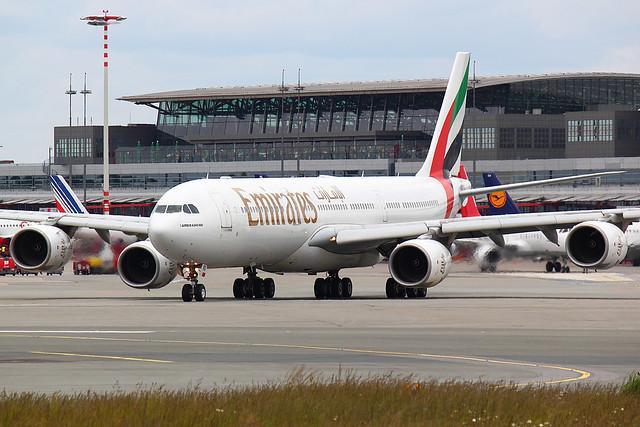 Emirates - A345 - A6-%%% (1)
