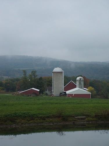 new york autumn fall nature scenery farm upstate silo rusnica