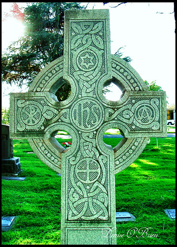 Celtic Cross Redding Cemetery