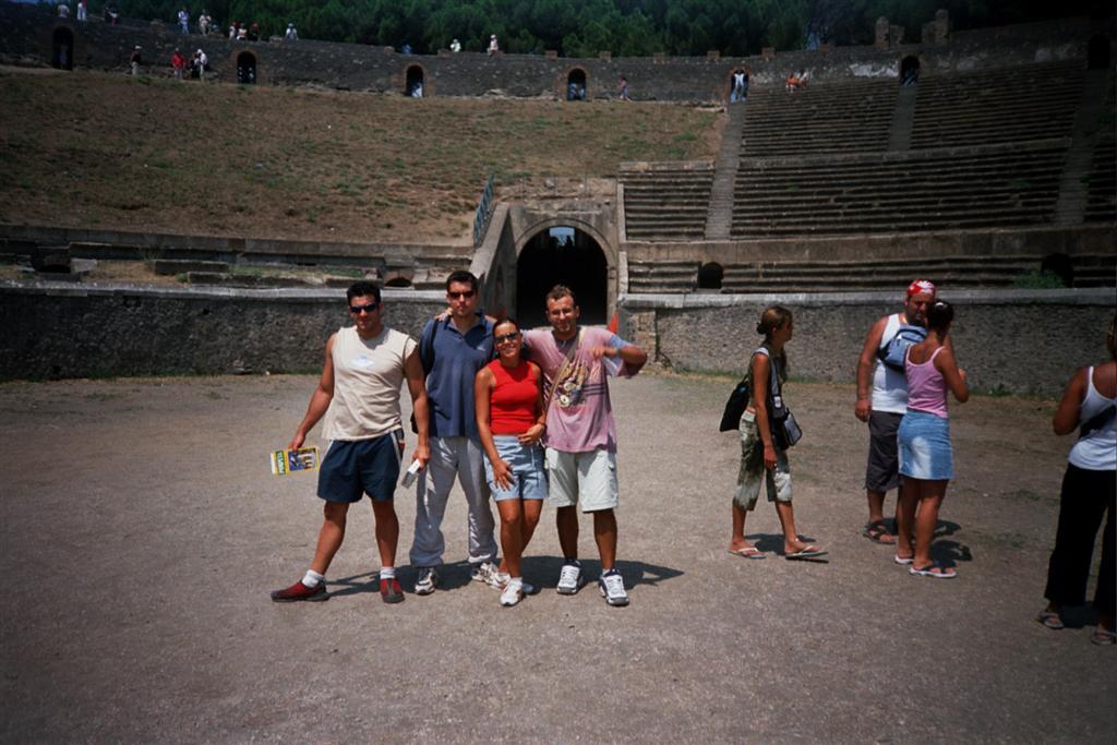 Anfiteatro de Pompeya pompeya - 2513210727 af86064c11 o - Pompeya, donde el tiempo se detuvo en un instante