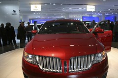 automobile(1.0), automotive exterior(1.0), lincoln motor company(1.0), exhibition(1.0), lincoln mks(1.0), vehicle(1.0), automotive design(1.0), auto show(1.0), land vehicle(1.0), luxury vehicle(1.0),