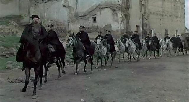 """Plaza de El Salvador, Toledo, en 1969 (Captura de """"Tristana"""" de Buñuel)"""
