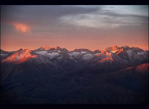 mountains sunrise sierranevada alpenglow itwasworthit damnitwascoldupthere