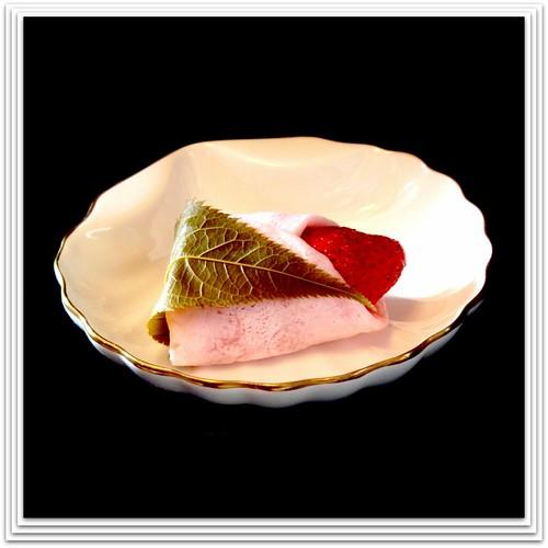 Japanese traditional strawberry & cherry green tea treats