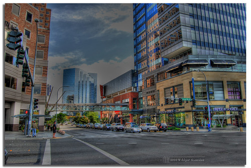 travel usa 3 st america way square washington nikon unitedstates state united unitedstatesofamerica ne edgar lincoln wa states washingtonstate mapping tone bellevue hdr 8th lincolnsquare gonzález mapped bellevuesquare exp photomatix tonemapped tonemapping d80 3exp hdrphotography hdrphoto of nikond80 afuoco aplusphoto 1855mmf3556gii superbmasterpiece wowiekazowie edgargonzález excellentphotographerawards fotoguia flickrelite ne8thst bellevuewayne