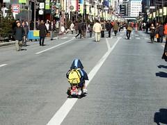 銀座通りをぶっ飛ばせ! / Burn on The Ginza Street!