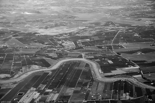 winter bw italy white black geotagged italia country january campagna sicily 2008 inverno catania sicilia gennaio skyview geo:lat=374489742998984 geo:lon=147884312803687