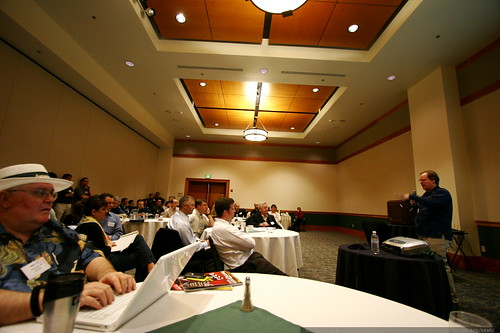 gary pool taking notes on john andrews' presentation of search marketing business strategy     MG 0226
