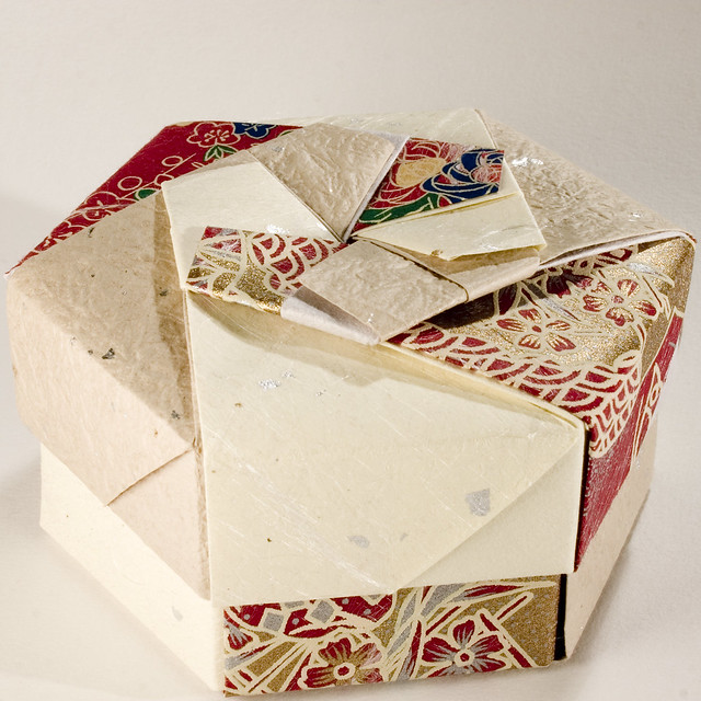Small Decorative Gift Boxes With Lids: Decorative Hexagonal Origami Gift Box With Lid: # 01