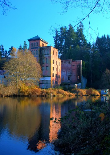 hdr 2007 tumwater olympiabeer thurstoncounty olympiabrewery nikond80 swortz