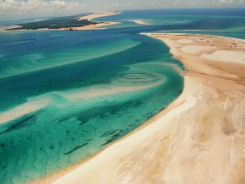 africa sea nature lines mar sand heaven paradise areia circles indianocean aerialview explore textures forms mozambique paraíso oceano moçambique bazaruto vistaaérea 100faves oceanoíndico andrépipa photobyandrépipa