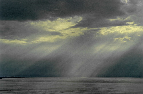 light sea panorama sunlight view rays glimmer trieste nikonf75 ojosdiele